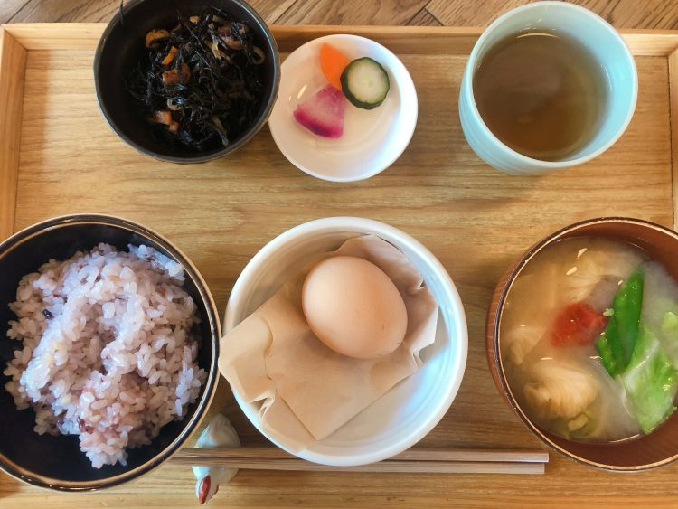 神前式当日の朝ごはん / 朝食屋COBAKABA