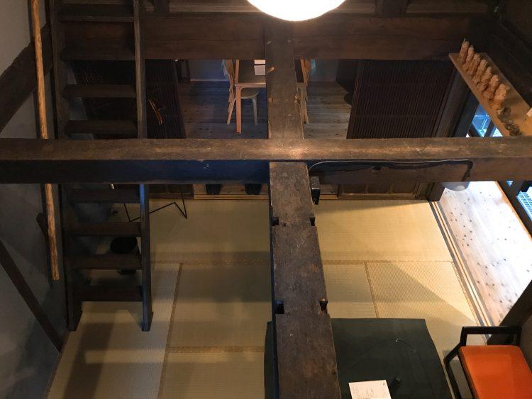 「NIPPONIA 小菅 源流の村」の部屋のロフトから見た景色(OHYA3)