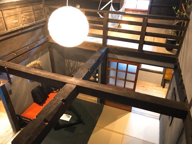 「NIPPONIA 小菅 源流の村」の部屋のリビング(OHYA3)